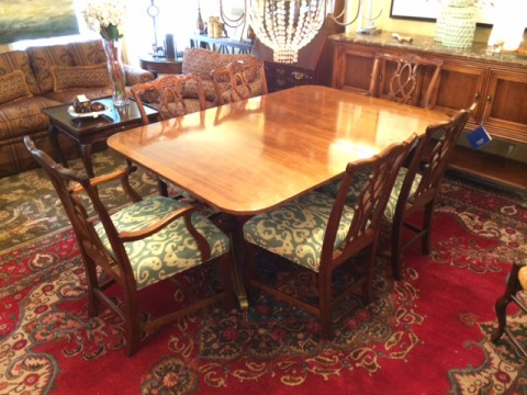 Kindel 18th Century Collection Mahogany Double Pedestal Table with Six Chippendale Chairs