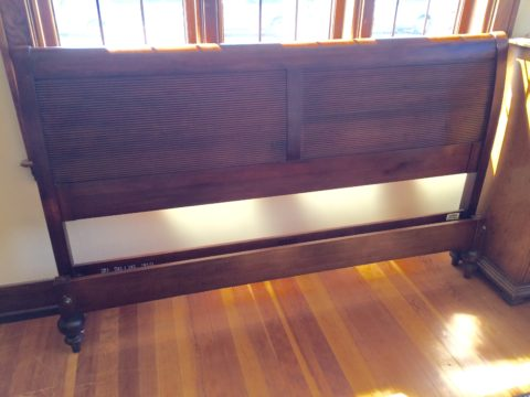 Ethan Allen British Classics Collection King Sleigh Bed
