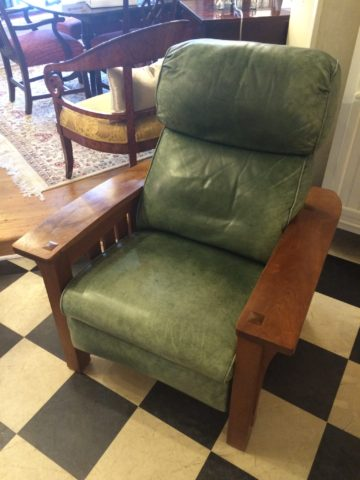 Stickley Bustle Back Bow Arm Morris Recliner